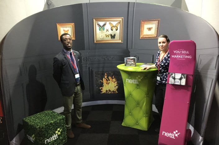 Nettl exhibition show fabric stand display