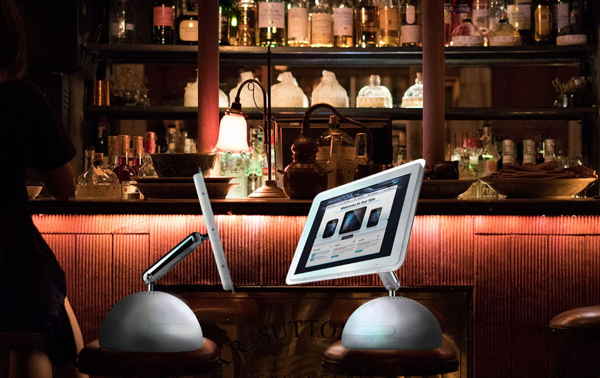 two websites in a bar